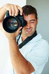 Photoshooting beim Fotografen im Fotostudio.